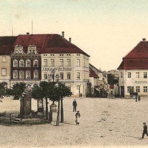 Bild Markt mit Friedrich-August-Denkmal um 1900